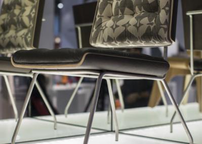 人気建築家ユニットの、家具ブランドがデビュー