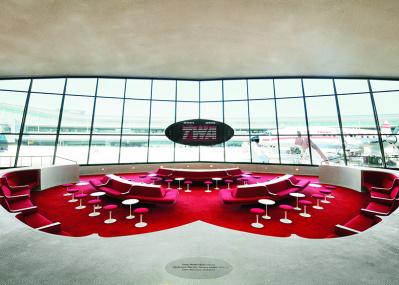 ミッドセンチュリー愛好家は垂涎の的!サーリネン設計の空港を、ホテルに再生。