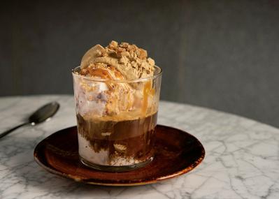冬こそ、濃厚なアイスクリームにとろけたい。