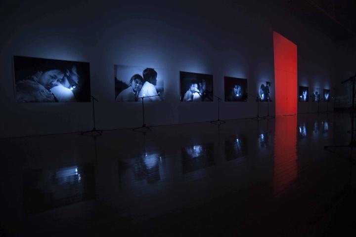 志賀理江子が探し続ける眼差しの先とは? 猪熊弦一郎現代美術館で開催中の『Blind Date』に迫ります。