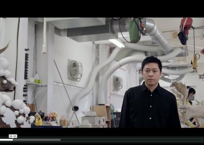 ルーブル美術館に現れた、彫刻家・名和晃平の巨大彫刻。その制作現場で彼が語ったこととは?