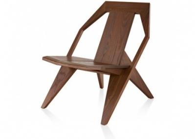 え? 外で使える木の椅子、しかもグルチッチのデザインですか?