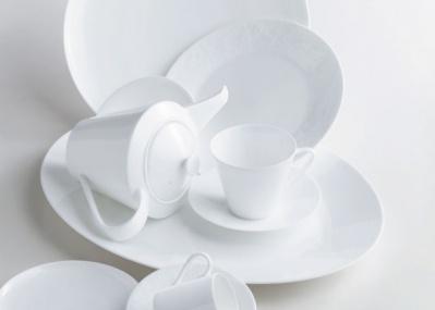 """""""白""""のロマンがここに。「世界一白い器展-日本が生んだ奇跡のボーンチャイナ-」でうつわの歴史をたどりました。"""
