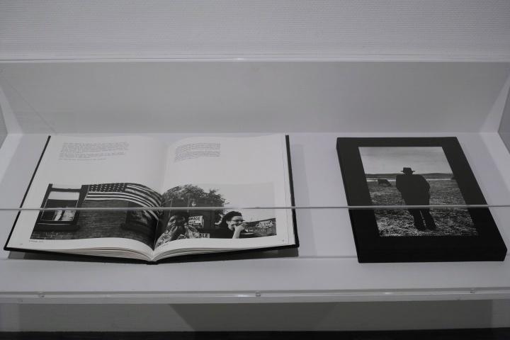 ロバート・フランクの知られざる一面とは? 貴重なプリントが揃うMOMATのコレクション展が必見です。