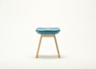 新たな形で未来へつなげる、国立競技場の記憶を留めた椅子。