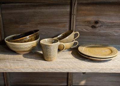 日本人の力で蘇ったカンボジアの幻の陶器、コンポンチュナン焼を知っていますか?