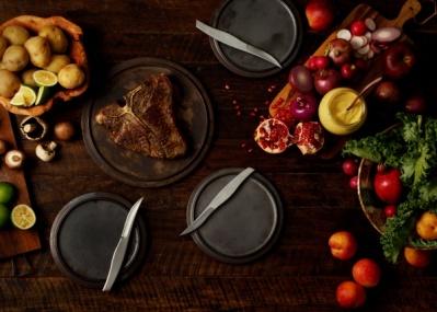 ステーキを美味しく食べたいの! に応えてくれる老舗「釜浅商店」のオリジナルナイフが新発売。