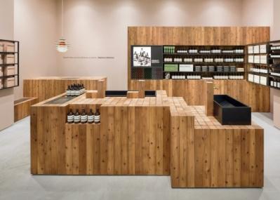 イソップが大阪に新店舗2店をオープン、ユニークな空間デザインに注目です。