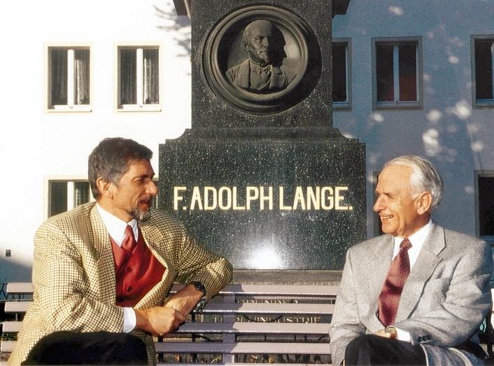 名門時計ブランド「A.ランゲ&ゾーネ」の秘史が込められた、ウォルター・ランゲ追悼モデルとは。