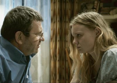 父親は、娘のために何ができる? 腐敗したルーマニアを舞台に描かれた『エリザのために』が必見。