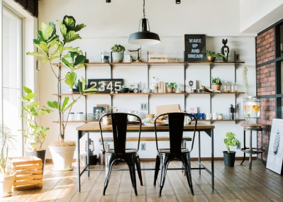 「RE住むリノベーション」で、自宅をカフェのような空間に。