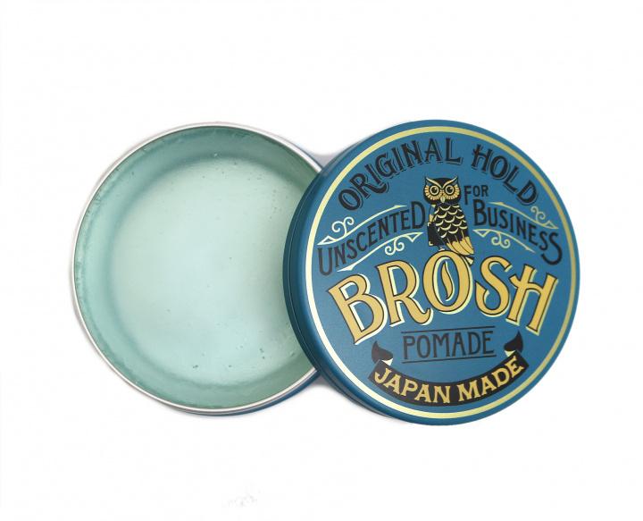 気鋭のバーバー2店が生んだ純国産ポマード「ブロッシュ」に、ビジネスシーンでも使いやすい無香料が登場。