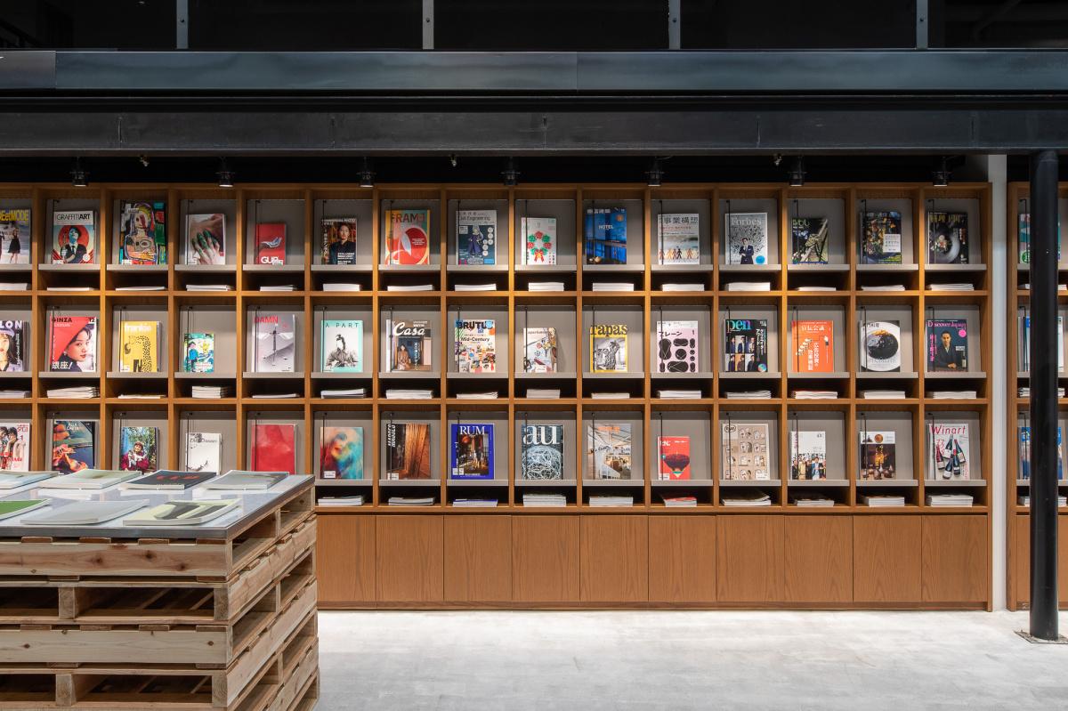 約3万冊の本の世界にどっぷりと! 本との出合いを楽しむスペース「文喫」が六本木に誕生。