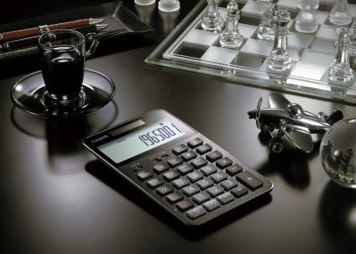これこそ電卓の最高到達点、カシオ計算機が放つ渾身の一台に注目です。