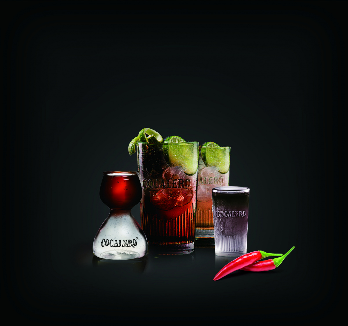 """南米から伝わる魅惑の酒、コカの葉を使った薬草リキュール「コカレロ」に、新タイプ""""ネグロ""""が登場!"""