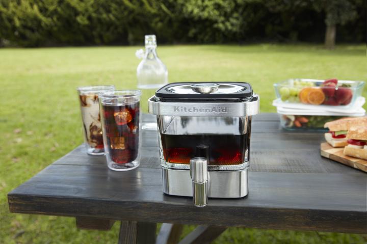じっくり淹れて味わいまろやか、低温抽出のコールドブリューコーヒーを自宅で気軽に楽しんでみませんか?