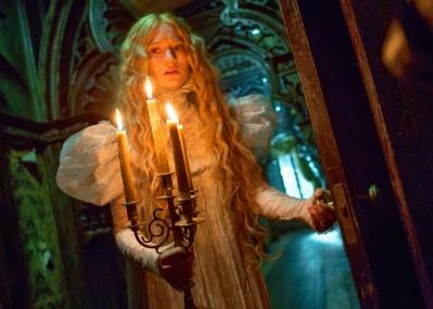 週末シネマ案内:呪われた館から衣装まで、ギレルモ・デル・トロの美的こだわりが詰まった『クリムゾン・ピーク』