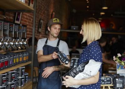海外ではカフェインレスの「デカフェ」が当たり前! 気になるコーヒーの最新トレンドをご存じですか?