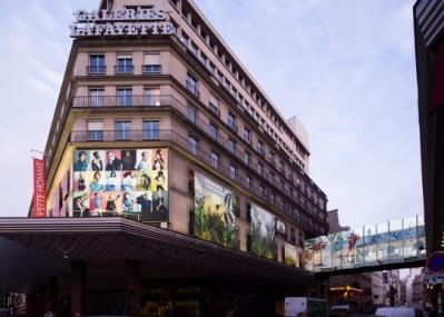 パリのギャラリー・ラファイエットを埋め尽くした、「#ディーゼルリブート」とは?