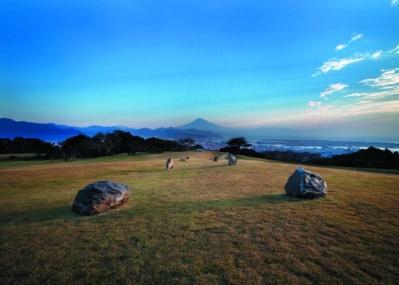 噂の野外レストラン「DINING OUT」、今度は静岡県の日本平で、ひと足早い春を満喫します!