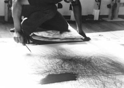 アートとテクノロジーの融合! ダグラス・ディアスのライブドローイングを見逃すな。