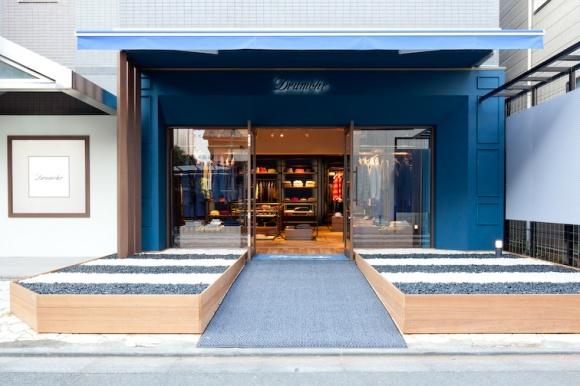 通をうならせるニット、「ドルモア」の日本初直営店「ドルモア東京」。