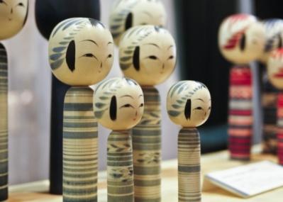 青色こけしが40分で完売! 1月26日まで開催の「仙台・東北の出張手しごと展」に、ビームスが参加しています。