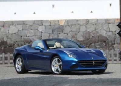 最新フェラーリは、ターボエンジンで低燃費化とパワーアップを同時に実現。