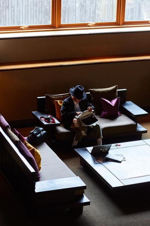 カメラバッグがこの高級感 !?「FUJITAKA」の新作は写真をもっと撮りたくなる逸品です。