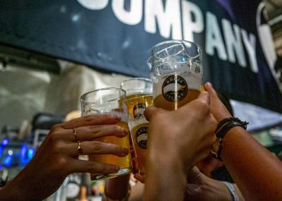 「GOOSE IPA」を片手にゲームで白熱! クールで愉快なビールイベントを楽しもう。