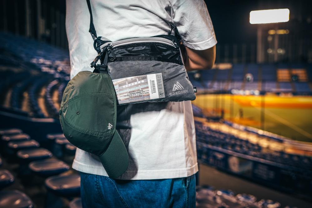 スポーツ観戦専用バッグだって!? 「グレゴリー」がまたもや面白いコラボを。