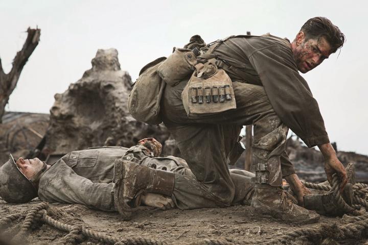 沖縄の激戦地で75人の命を救った兵士の実話『ハクソー・リッジ』