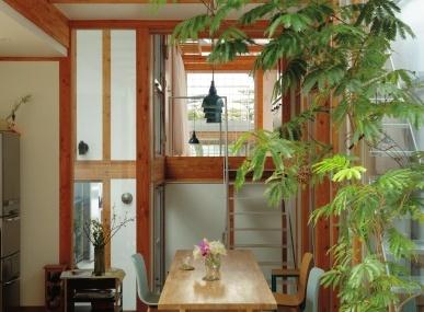 次号の「Pen」、20組の実例集「世界でいちばん住みたい家」特集は3月15日(土)発売です!