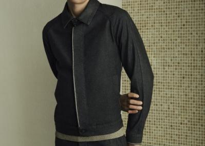 春夏のセットアップを選ぶなら、美しい素材を使った「ボス」の服に注目です。
