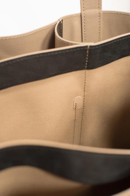 このコラボは玄人好み! 「MACKINTOSH×HYKE」の期間限定ストアに新作バッグが加わりました。