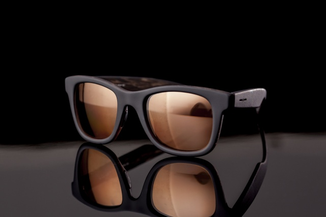 ドゥカティ スクランブラーとイタリア インディペンデントのコラボレーションによる新製品が登場。