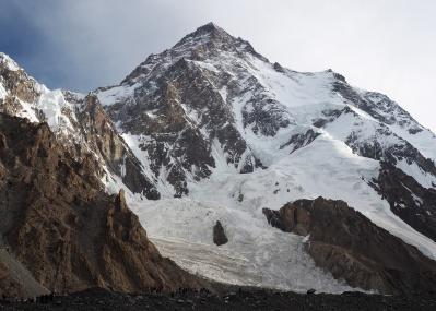 8000m級の難峰を目指す記録と記憶。「K2」石川直樹写真展、銀座にて開催中です!