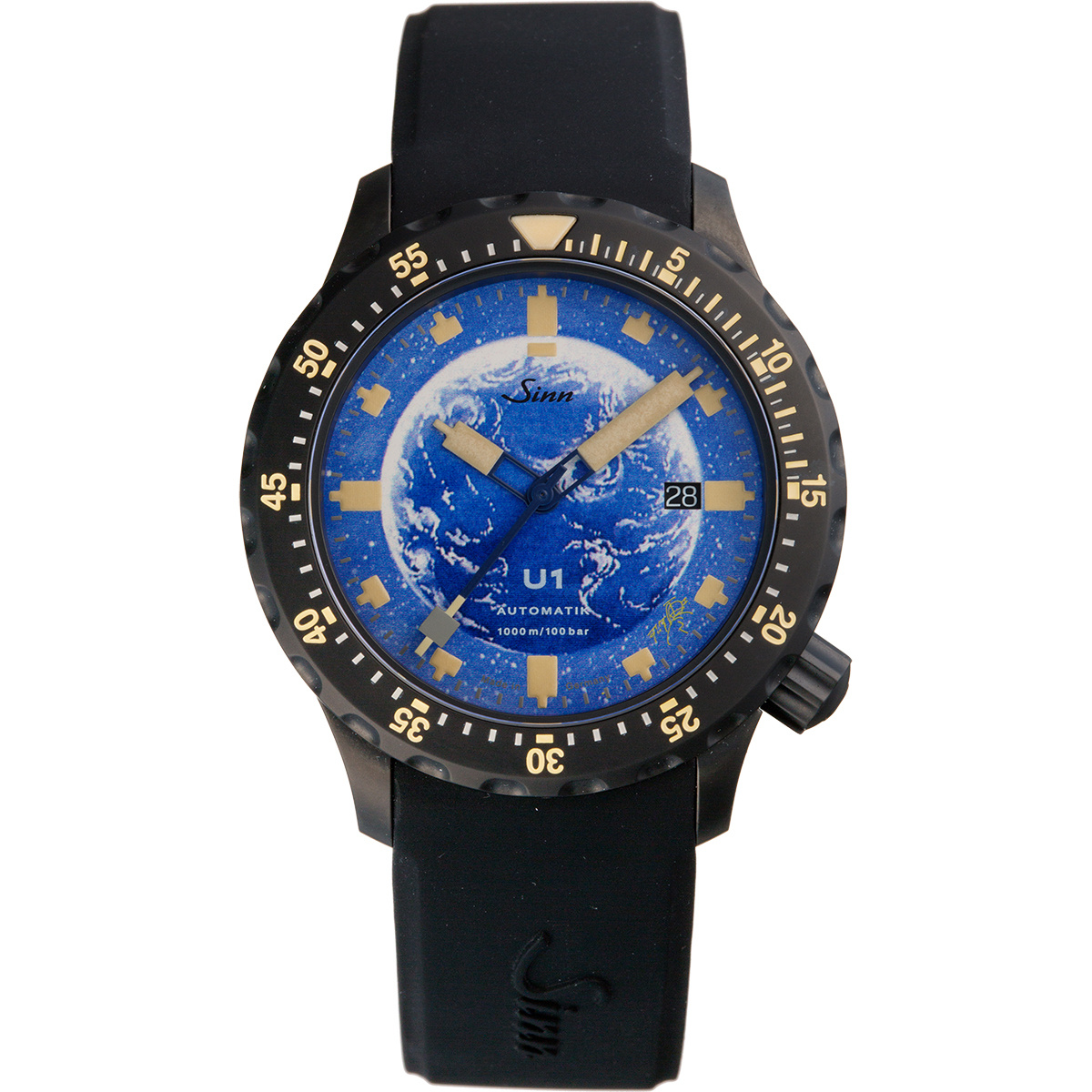 SF漫画作家・松本零士が地球を描いた腕時計、11月16日午前零時に予約受付をスタート。