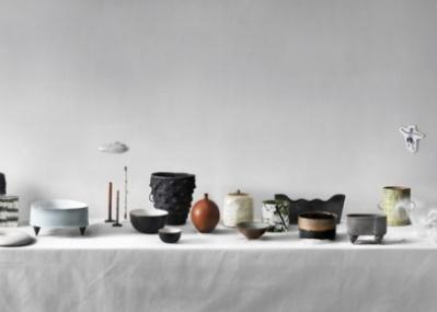 スウェーデンの現代作家集団「カオリン」による陶芸展示会、イデーショップ日本橋店で開催中。