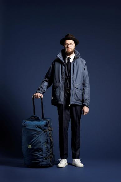 ホリデーシーズンの旅行は、アウトドアブランド「カリマー」の新作キャリーケースで。