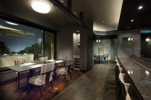 金曜の夜にチェックインしたい、全客室10室すべて温泉つきの新ラグジュアリーリゾートが誕生しました。