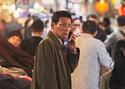 北朝鮮へ潜入し、金正日と面した韓国スパイの実話サスペンス。『工作 黒金星と呼ばれた男』はいまこそ観るべき。