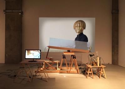 この週末は「見えないもの」を見る! 久保ガエタン個展「僕の体が僕の実験室です。あるいはそれを地球偶然管理局と呼ぶ。」へどうぞ。