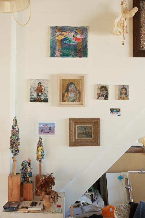 ゴッホやピカソら巨匠たちの生涯が一枚のカンバスに……。 桑久保 徹の『カレンダーシリーズ』が必見です。