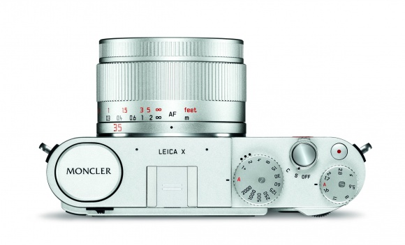 「ライカ Ⅹ エディション モンクレール」、 この デザインと機能の