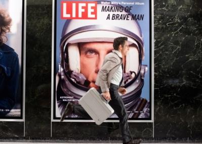 ゼロハリバートンのアタッシェケースも登場、『虹を掴む男』のリメイク映画『LIFE!』