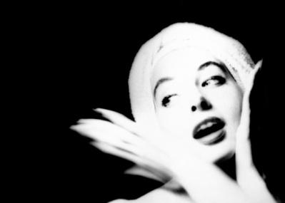 伝説的な女性写真家、リリアン バスマンの個展がシャネル・ネクサス・ホールで始まります。