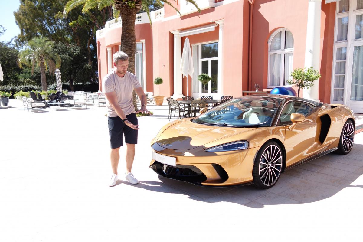 ふだん使いできるスーパーカー、「マクラーレンGT」で南仏を快適に駆け抜ける!