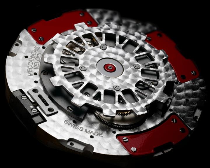メカニケ・ヴェローチの4ダイヤルが、新ムーブメントを搭載して大幅に進化。