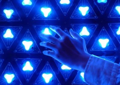テクノロジーアートのショーケース、「MEDIA AMBITION TOKYO 2014」が始まります。